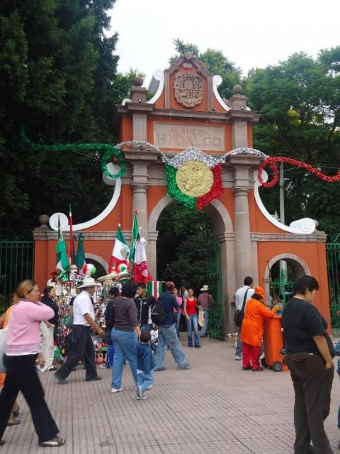 Die Stadt bereitet sich auf den Día de la Independencia vor
