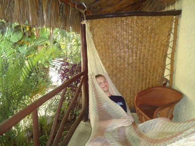 Eigene Hängematte vor unserer Palmenhütte